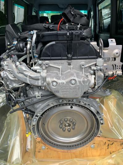 CAM OM651 2jpg1L Sprinter Engine Complete